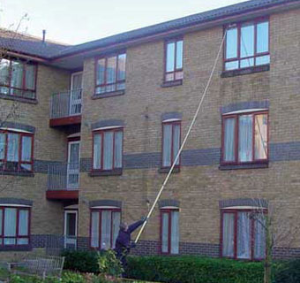high reach domestic window cleaning